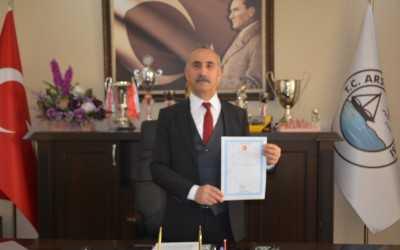 Başkan Culha tapuyu aldı
